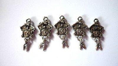 Charms Orologio a cucù argentato anticato nickel free 2 pezzi