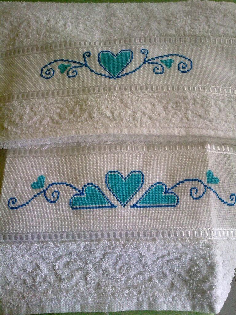 Asciugamani ricamati punto croce
