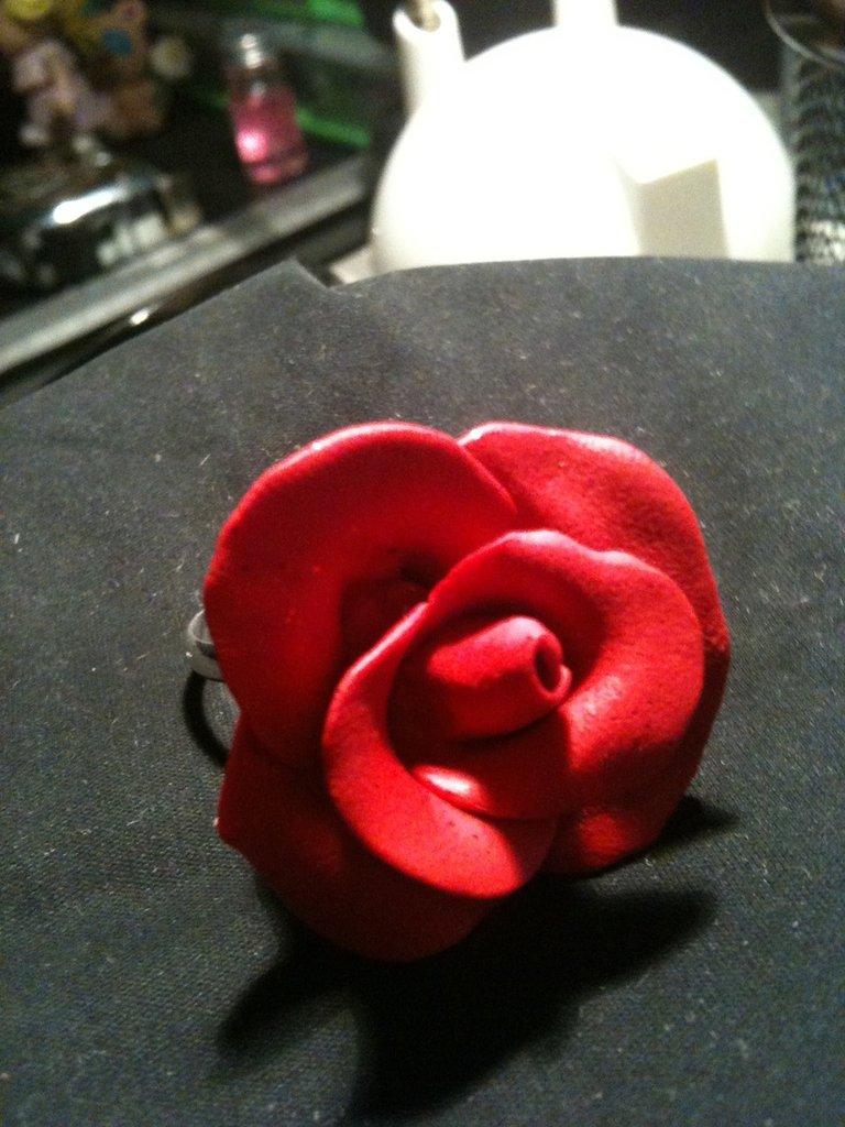 Anillo Rosa Roja
