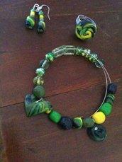 Completo orecchini,anello e bracciale.