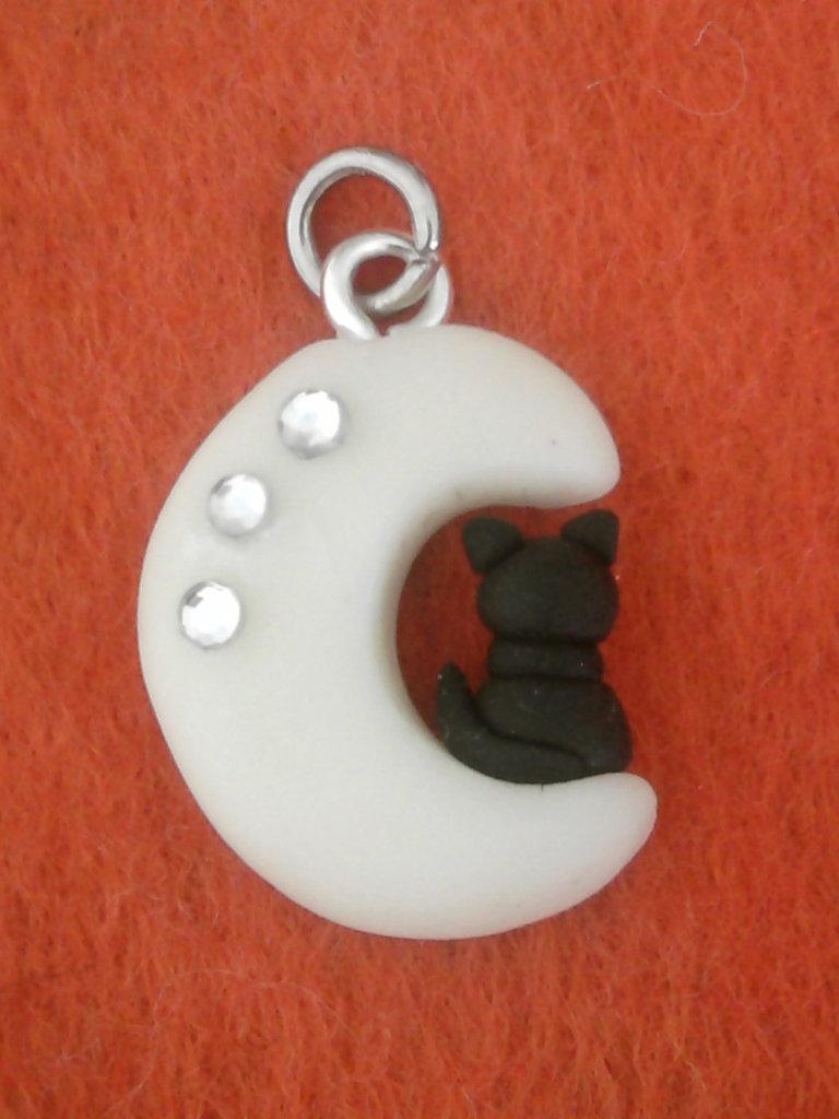 Ciondolo luna FLUO con gattino e brillantini fimo