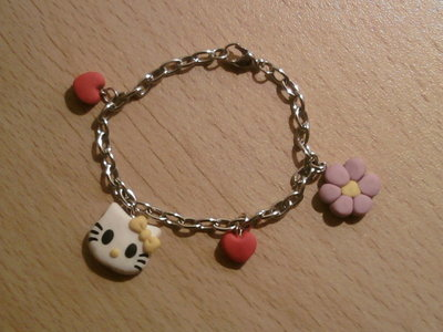 Braccialetto con Hello Kitty fimo