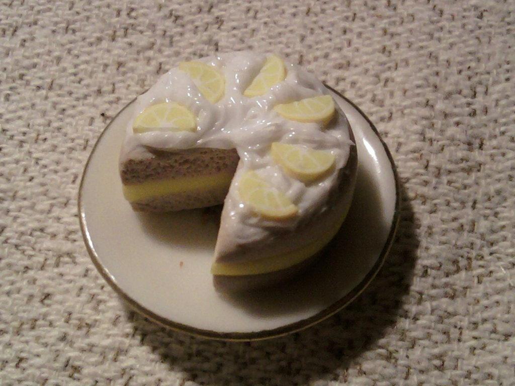 Piattino con torta fimo