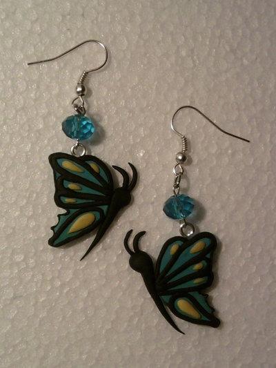 Orecchini con farfalle fimo