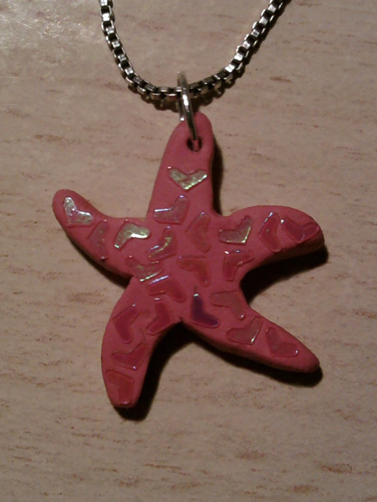 Ciondolo stella marina con glitter fimo