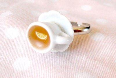 Anello tazzina di té e limone - in ceramica e Fimo