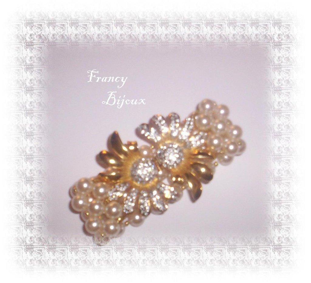 bracciale in perle e chiusura con strass