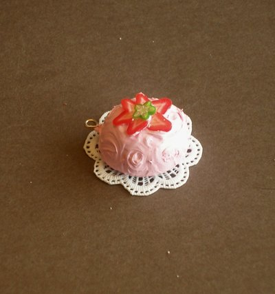 1 pce CAKE PENDANT - JEWELLERY - TORTA CIONDOLO MINIATURA