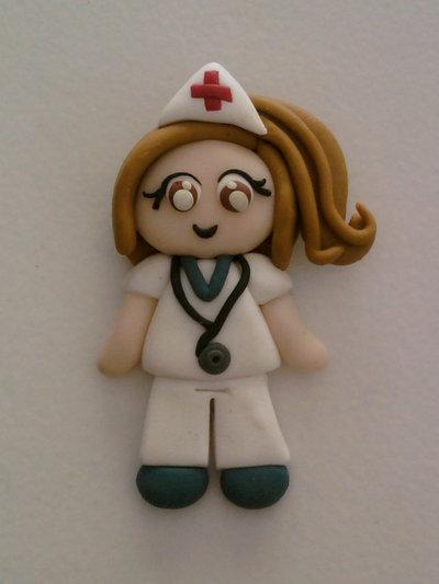 Ciondolo infermiera fimo