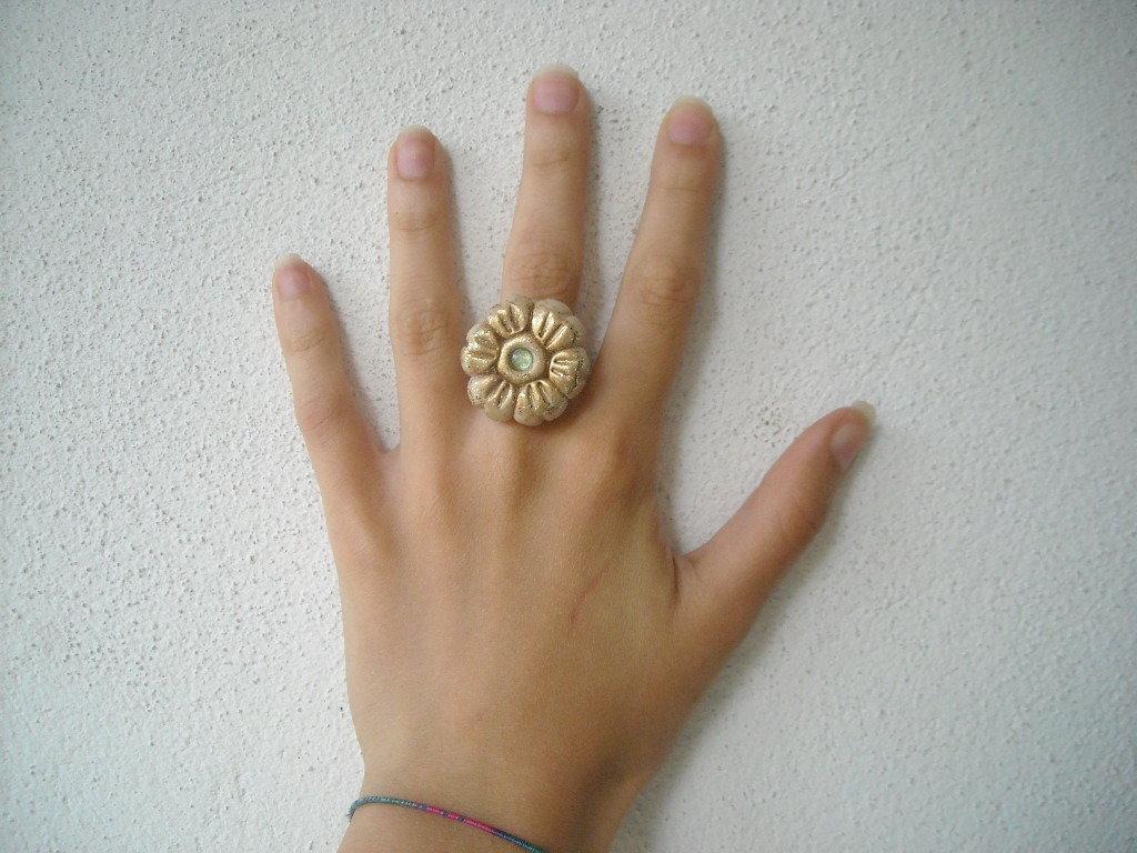 anello glitterato