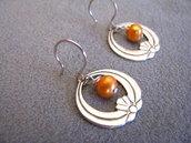 Pendientes con perlas naranja