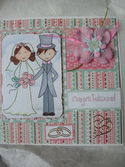 Biglietto matrimonio auguri congratulazioni sposini rosa verde pastello con fiori e decorazioni.