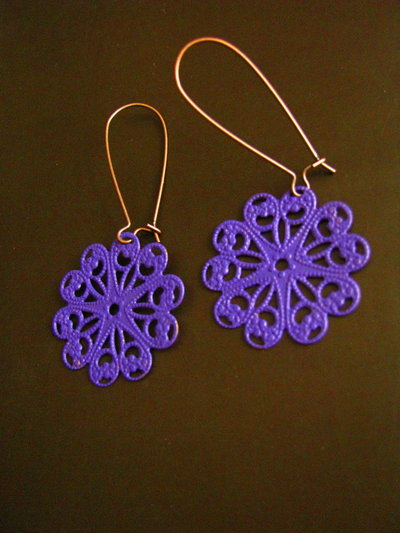 Pendientes flores púrpura