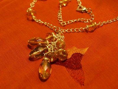 collana di perle color ocra