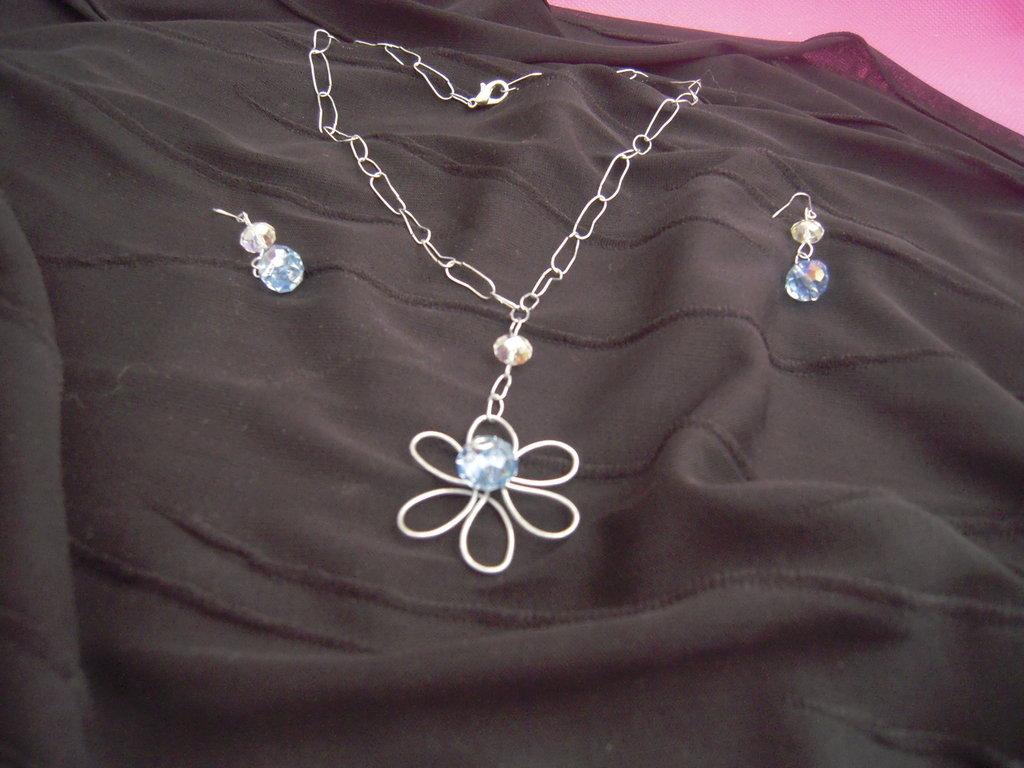 parure fiore azzurro