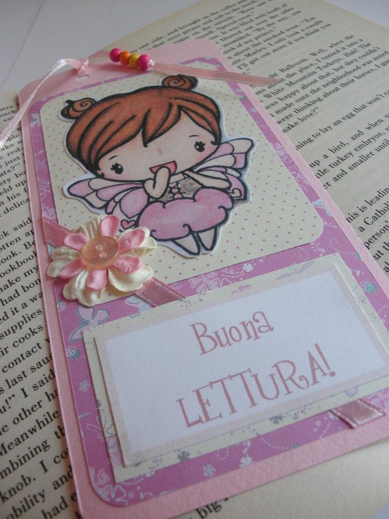 Segnalibro cartoncino rosa fatina fiori nastrino citazione letteraria - pezzo unico realizzabile con modifiche