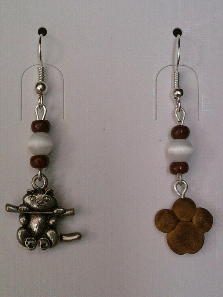 Orecchini con gatto, impronta e perle fimo