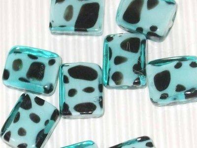 6 perle vetro rettangolari azzurre con pois neri vend.
