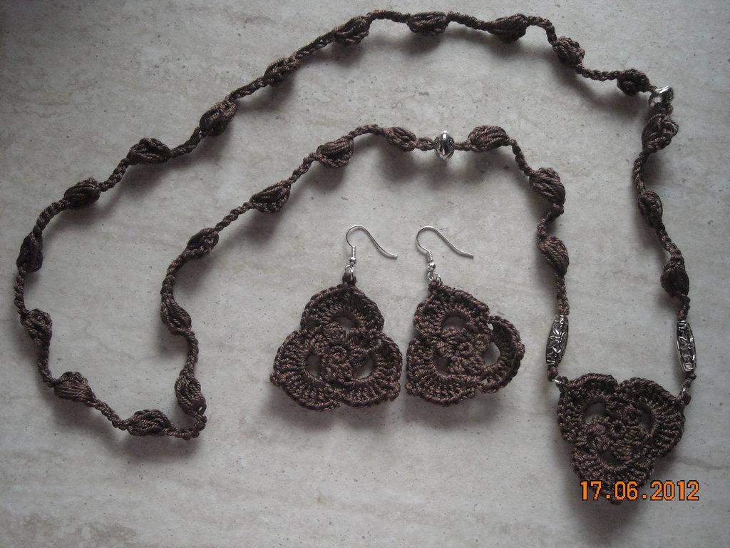 collana etnica orecchini etnici uncinetto perline