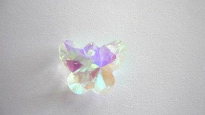 Pendente in vetro sfaccettato, farfalla, effetto AB.