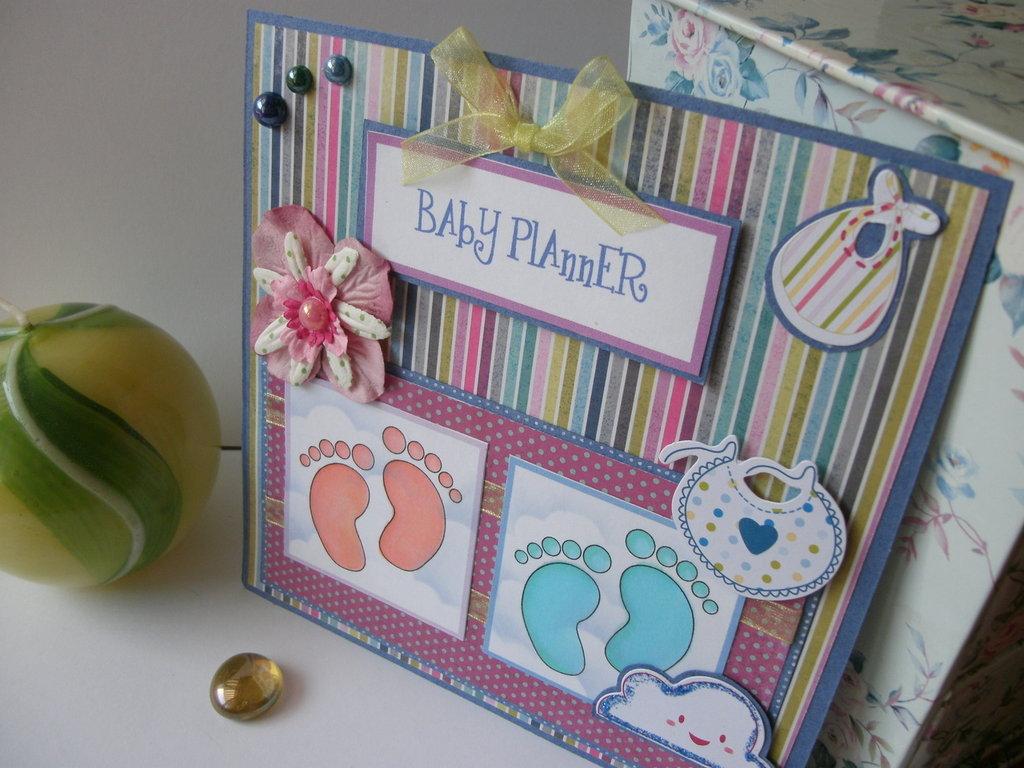 Quadretto fiocco nascita piedini rosa e azzurri cartoncini colorati - personalizzabile in base all'occasione!