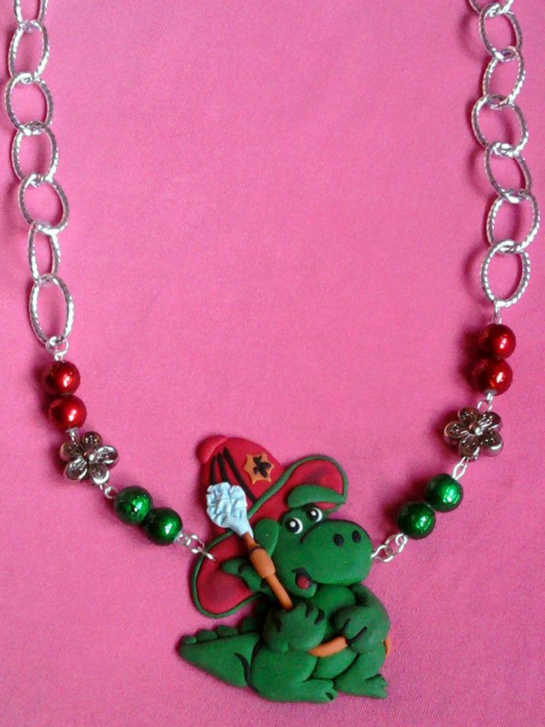 Collana con Grisù, fiori e perle fimo