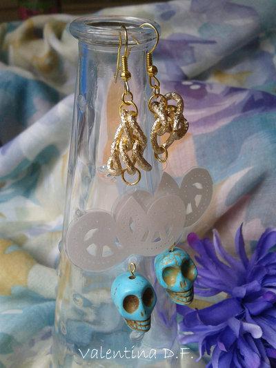 orecchini con teschio turchese