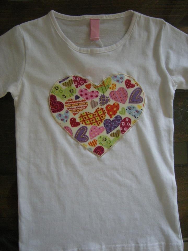 """Maglietta """"cuore cuoricini"""""""