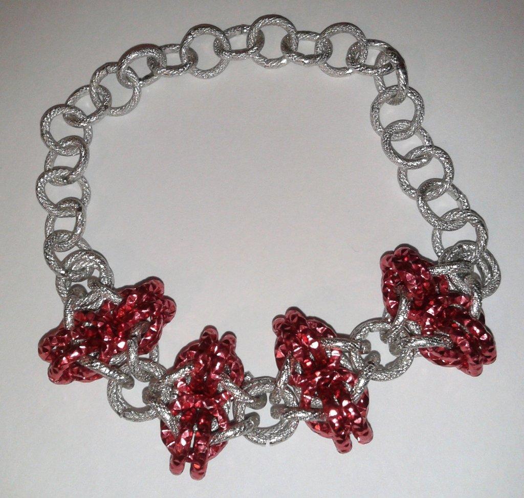 Bracciale rosso e argento