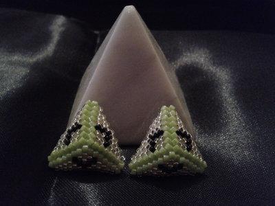 Orecchini piramide