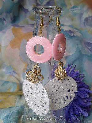 orecchini fatti a mano con madreperla rosa