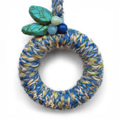 """Peace & Wool, blue"" - Collana in legno e lana"