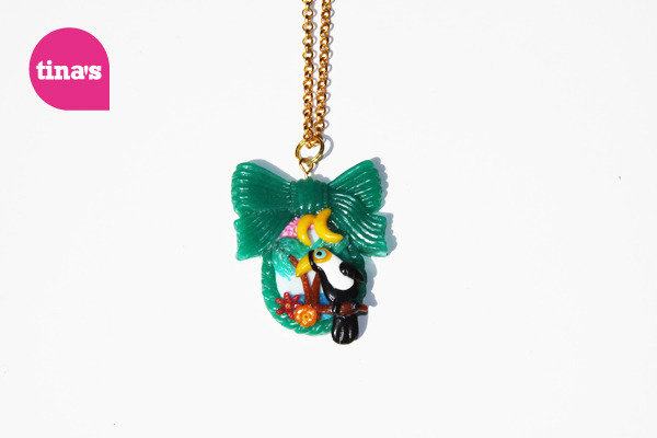 Pendant Big Toucan Bow