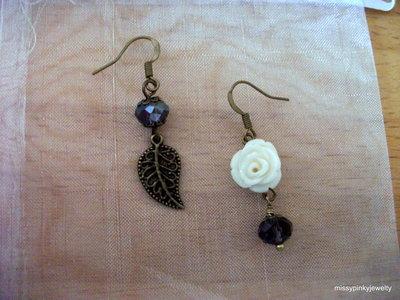 "Orecchini "" Vintage Rose"" rosa bianca foglia bronzo resina"