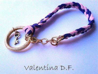 Bracciale intrecciato viola e rosa