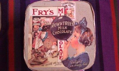 scatola quadrata cioccolato