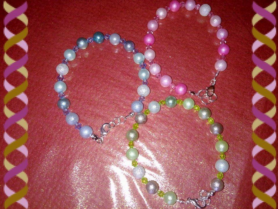 bracciali vari colori con perle