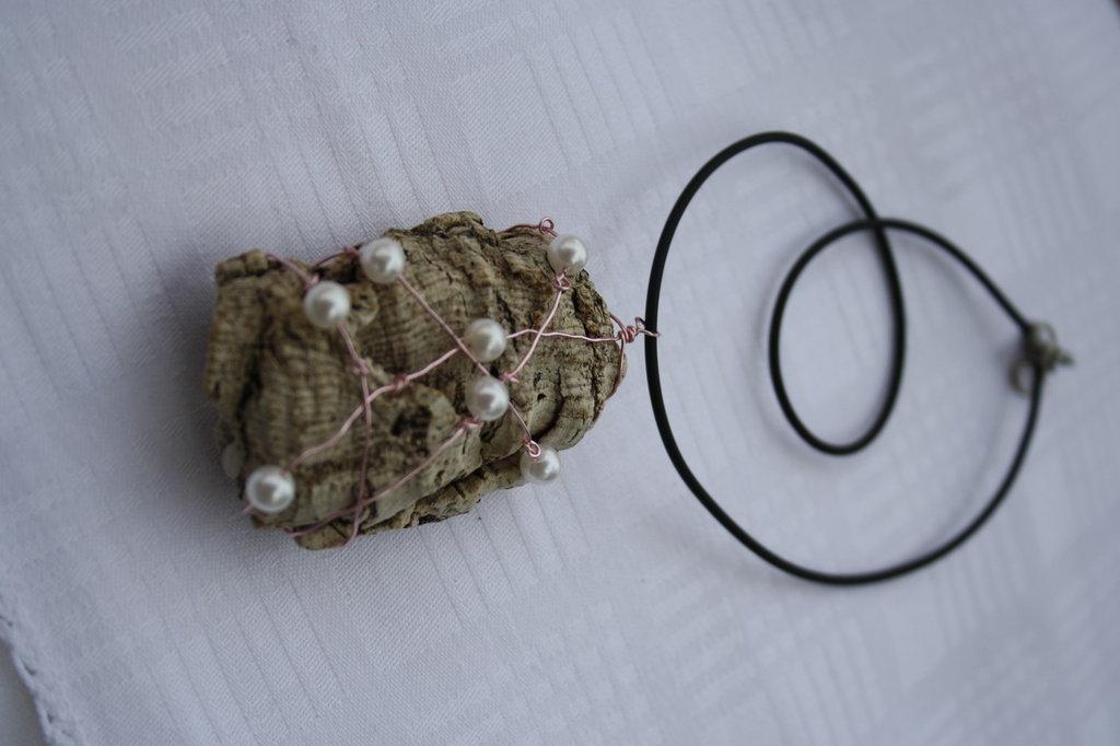 Collana sughero con perle