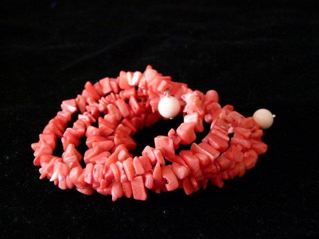 Bracciale in corallo bamboo rosa