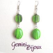 Orecchini acrilico verde