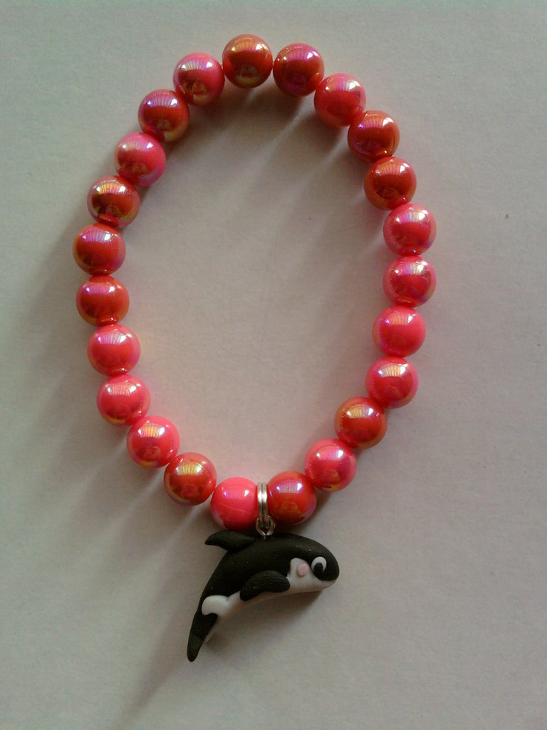Braccialetto elastico con perle e orca fimo