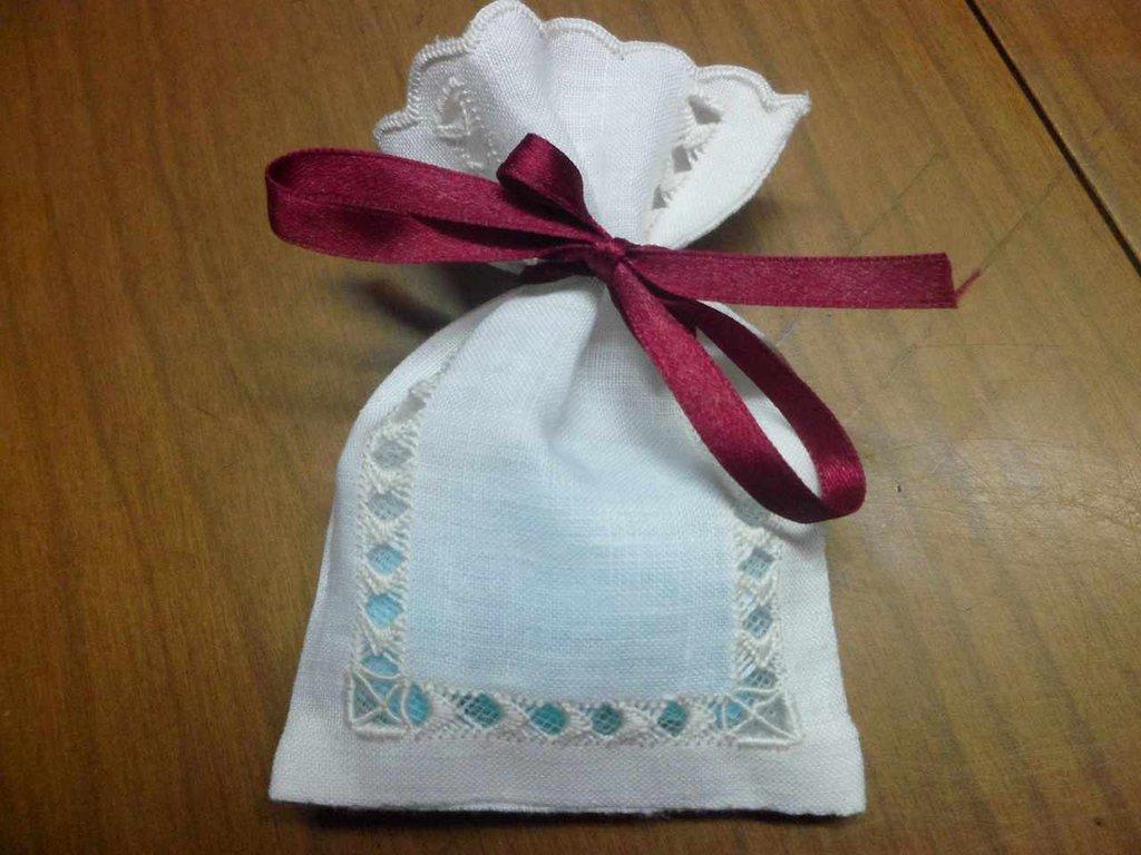 Sacchetto porta confetti bomboniera profuma biancheria
