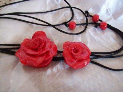 Collana con doppia rosa