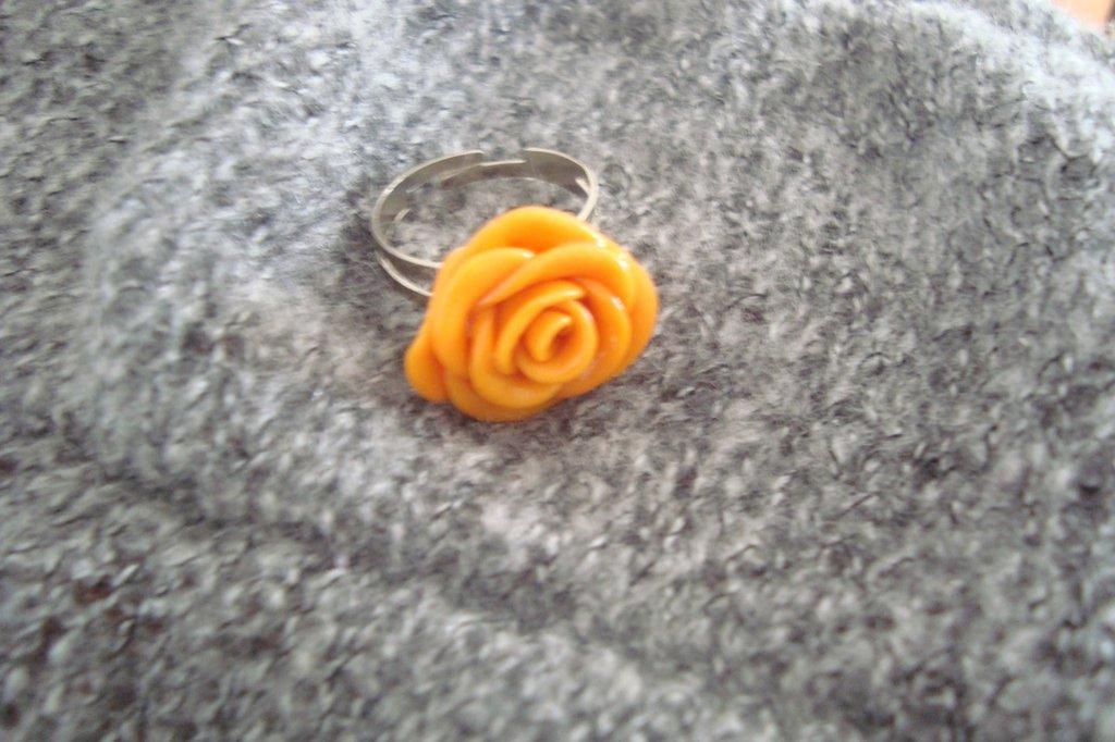 Anello rosa arancione