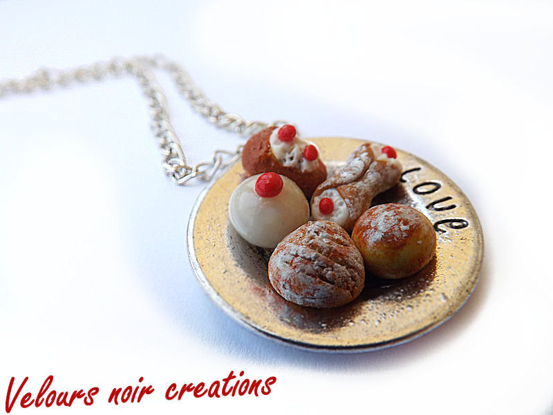 collana dolci in fimo e piattino metallizzato