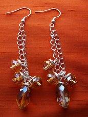 Orecchini di perle brillanti color ocra