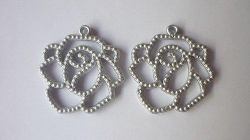 Filigrana in acrilico color argento