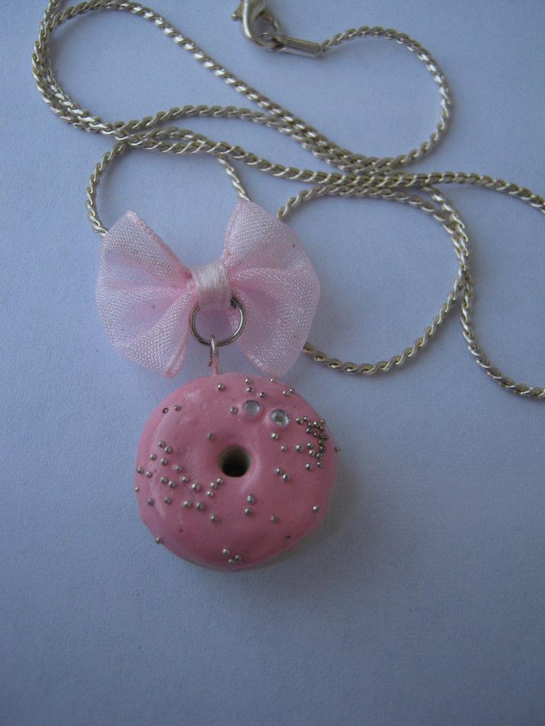 collana ciambella rosa