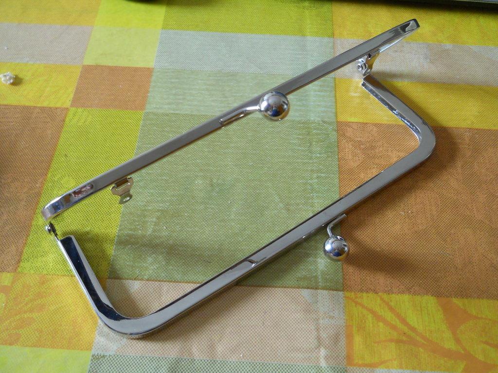 metal frame borsa