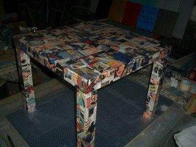 Tavolino decoupage Diabolik